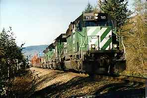 An eastbound BNSF drag leaving Sultan, Wash.